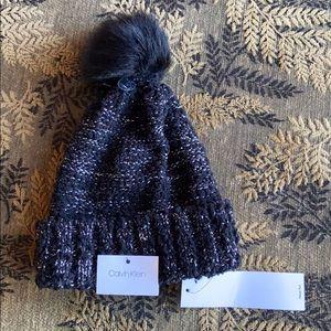 NWT Calvin Klein Beanie black with faux fur